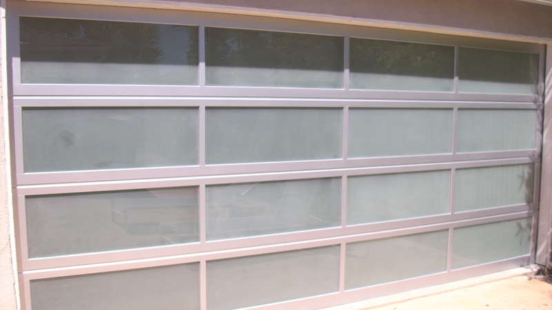 Glassfrosted full view aluminum frosted sandblast for Opaque garage door